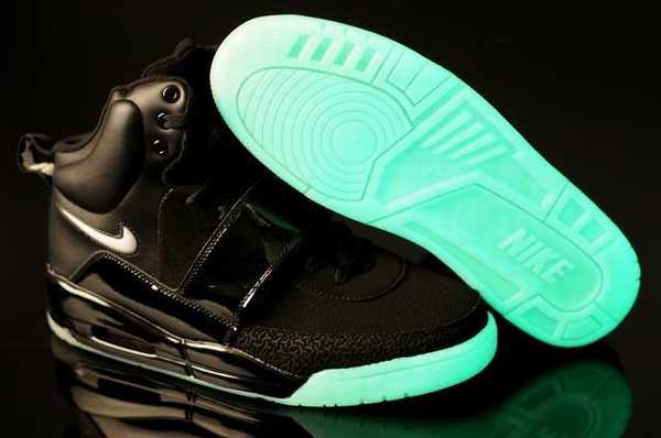 chaussure nike air yeezy pas cher